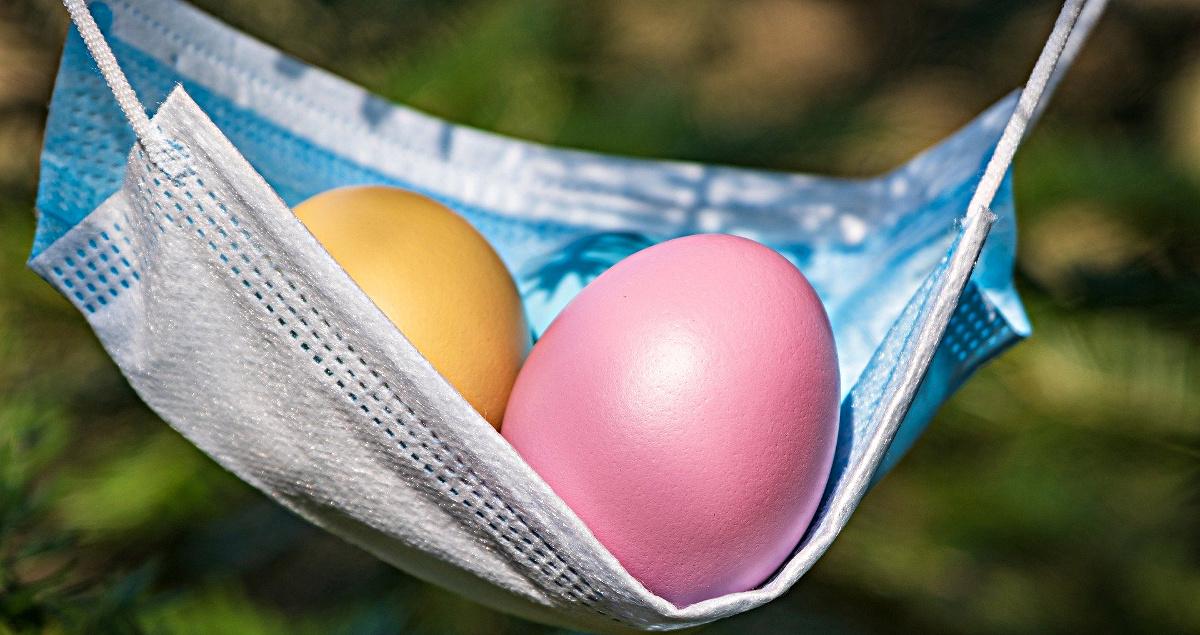 Maske mit Eiern